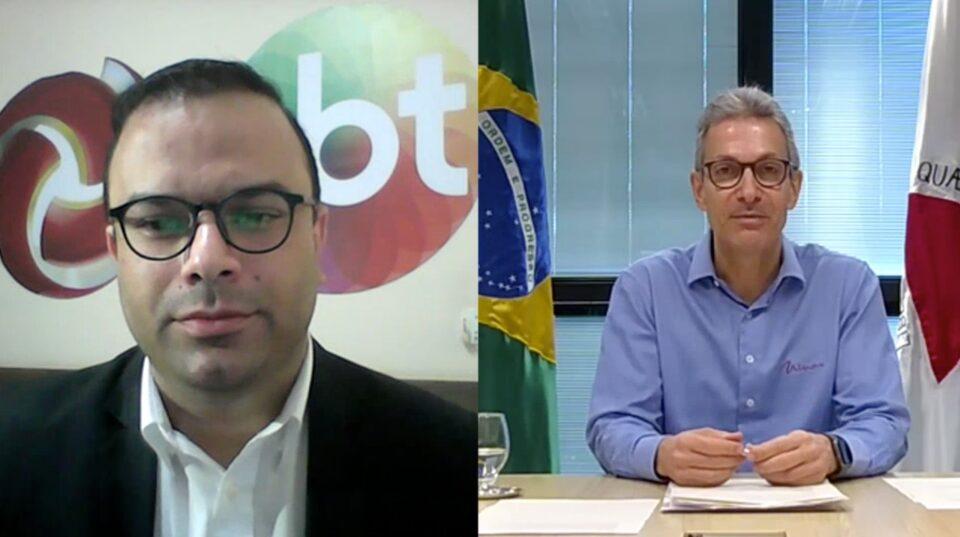 Na foto aparecem o Governador e o jornalista Wilson Ribeiro