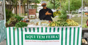 Projeto busca dialogar com agricultores familiares e a sociedade sobre a agroecologia (Foto: PJF).